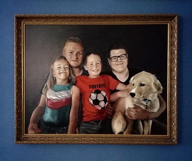 Kinderportrait mit Hund